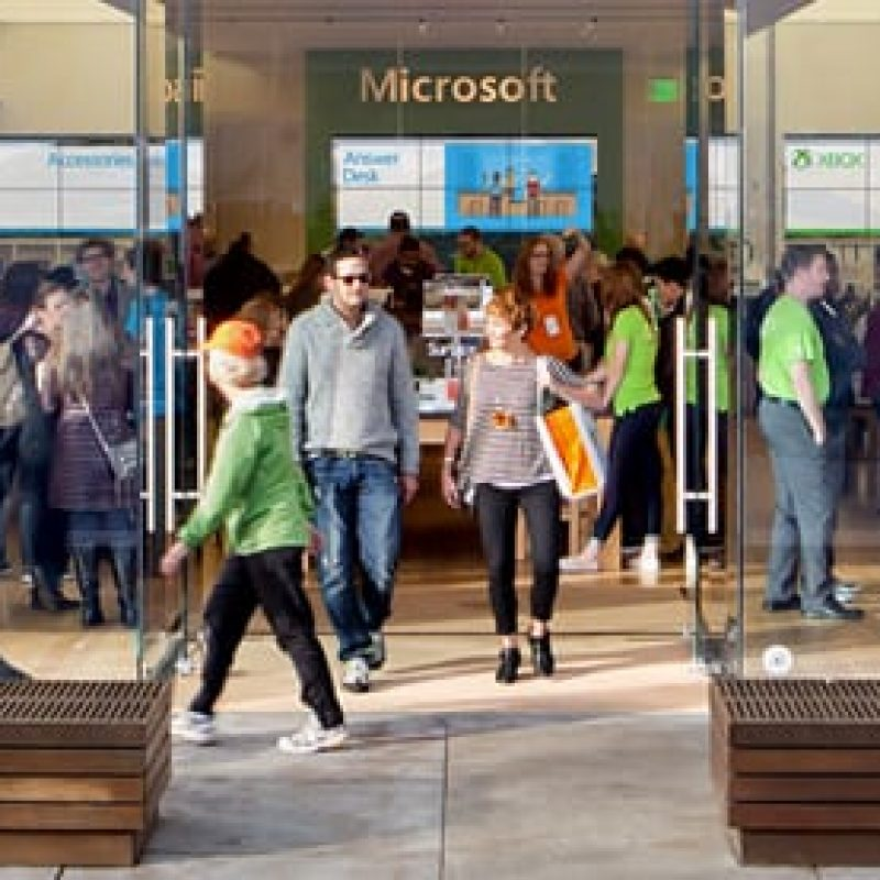 The Microsoft storefront with a lot of people inside the Burlington Mall in Burlington, Massachusetts